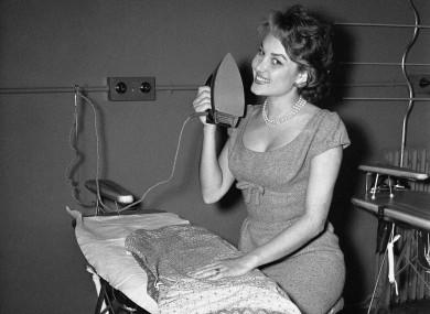 ironing-vintage
